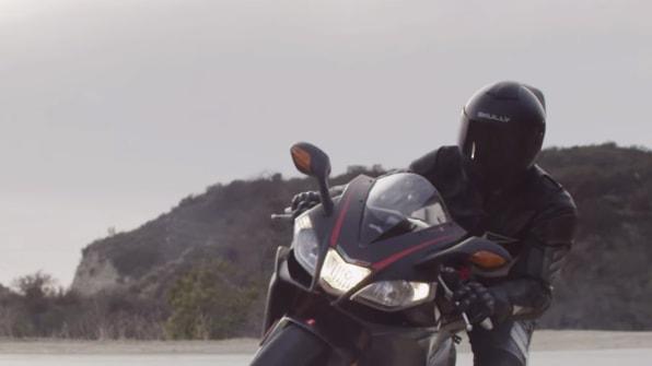 A Smart Motorcycle Helmet Smashes Through Its Indiegogo Goal