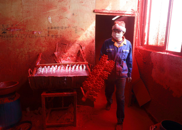 Inside The Chinese Town That Makes Your Christmas Ornaments