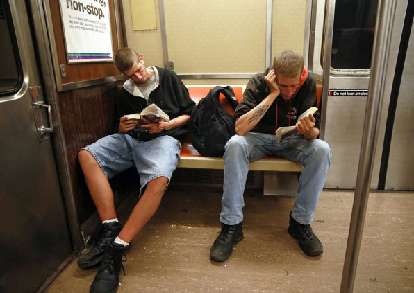 These 19 Photos Of New Yorkers Reading Prove Print Is Not Dead