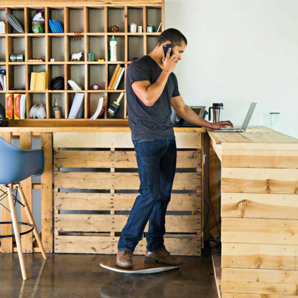 Everything Science Knows Right Now About Standing Desks