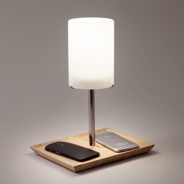This Lamp Only Turns On When You Use It To Charge Your Phone