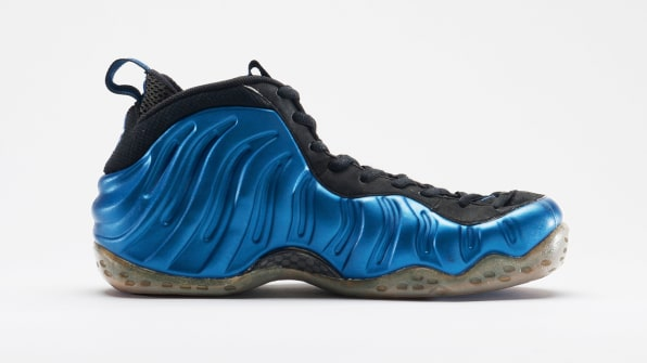 ... designed Nike s Foamposite by formed the entire upper from a single  piece of synthetic material. Basketball point guard Penny Hardaway wore the  shoes cdbd7d897