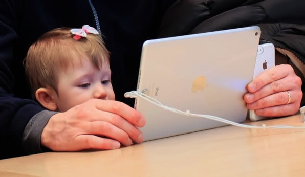 The American Academy of Pediatrics Says iPads Are Okay For Infants