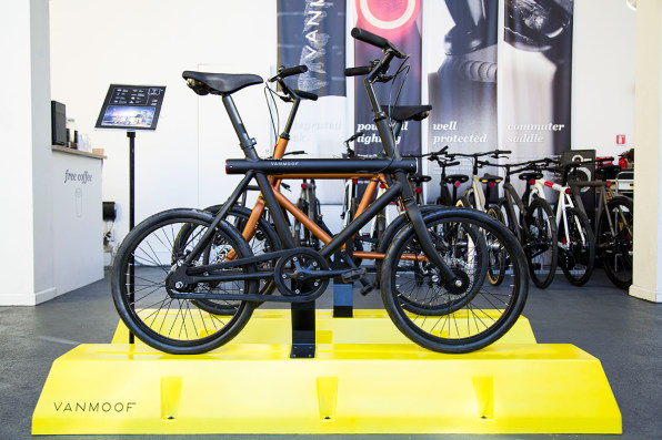 A Smart Bike Debuts With A Bold Thief-Proof Guarantee