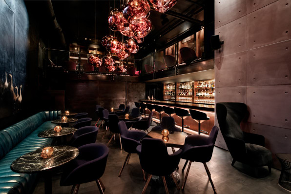 "How Tom Dixon Designed The World\'s ""Most Exclusive"" Speakeasy"