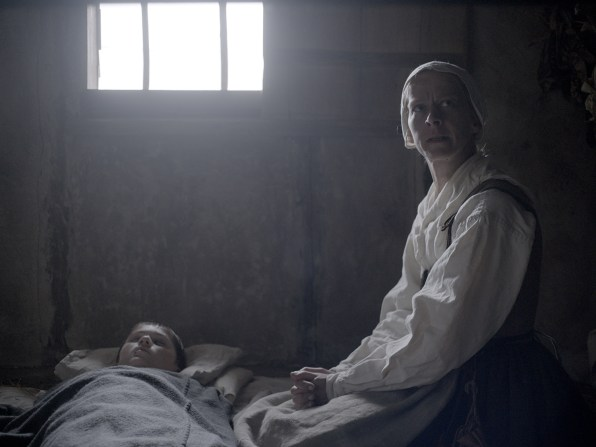 """Anatomy Of A Scene: The Most Pivotal Moment In """"The Witch,"""" Explained"""