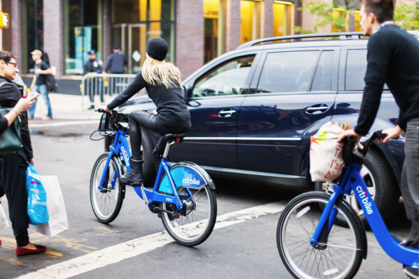 Solving Urban Traffic Problems Is Simple: Fewer Cars