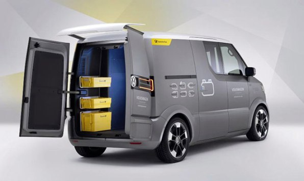 a746edbe556433 Going Postal  Volkswagen s Autonomous Mail Van Follows Mail Carriers