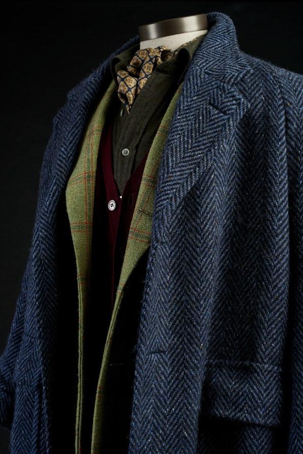 """A Closer Look Behind The Luscious Fashion Of """"Phantom Thread"""""""