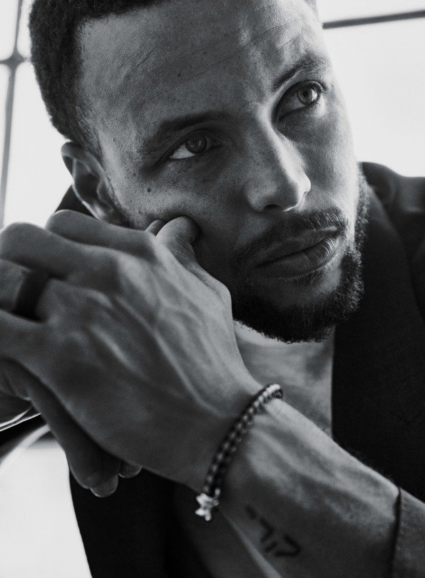 """fb62217d """"I was like, 'What is that? Does it work now? Can I have it?'"""" says Stephen  Curry of his first encounter with Palm's device. [Photo: Williams +  Hirakawa] ..."""