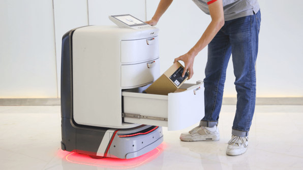 8 delivery robots that want to deliver your packages and pizzas