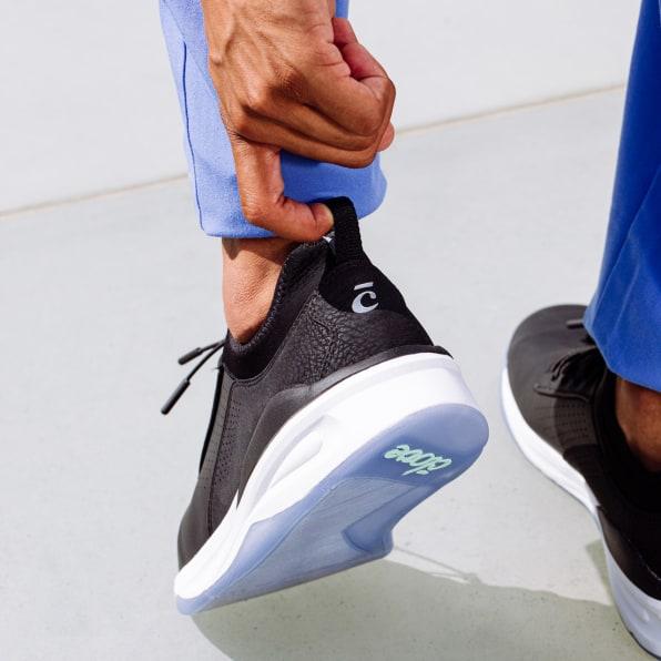 designs shoes for nurses