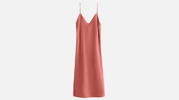 i 11 sustainable clothing brands 90626395 cuyana silk slip dress