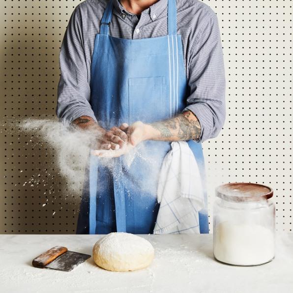 2019 0523 five two apron context baking scene v2 1x1 rocky luten 038