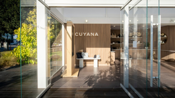 03 90662408 this movable retail space