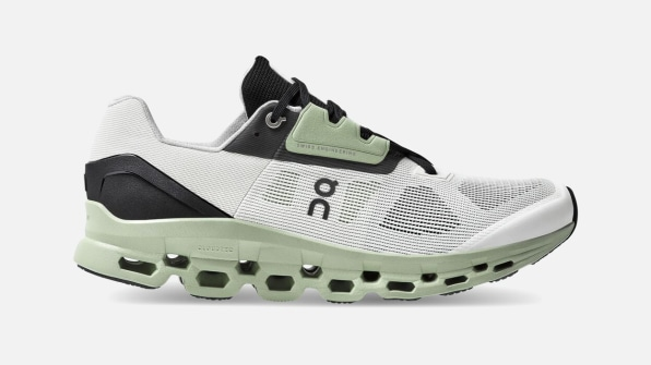 i 3 swiss running brand on has a new sneaker that s lighter and springier than ever 90659580 cloudstratus