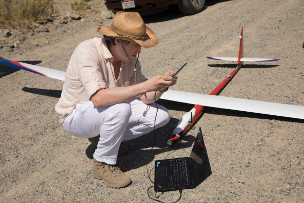 Microsoft's Experimental Self-Flying Aircraft Learn By Watching Hawks