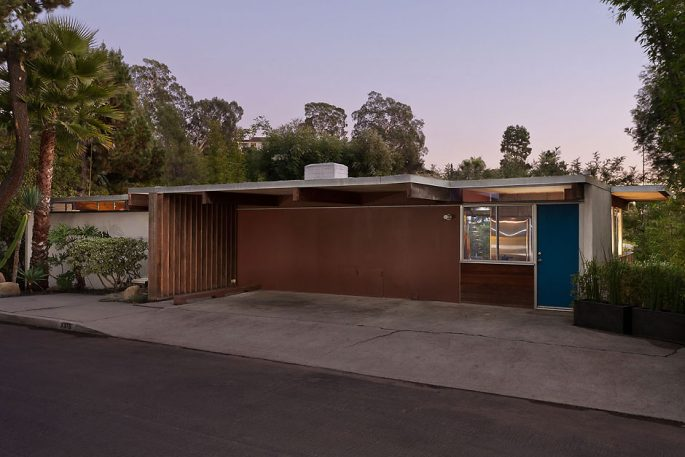 This Tiny House By Richard Neutra Is A Masterpiece