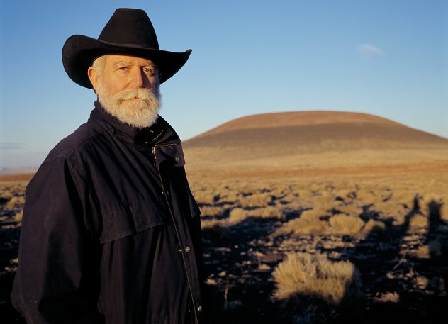 "The Visual Trick Behind James Turrell's Latest LED Trip ""Aten Reign"""