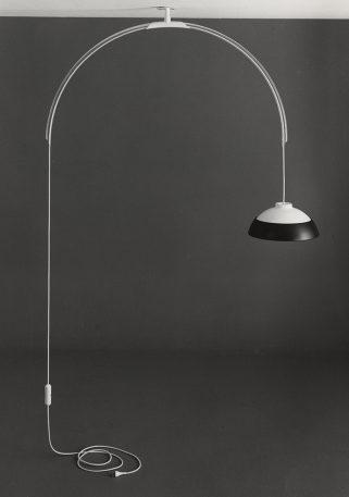 An Italian Master's Sculptural Lamps Get A Bright Update