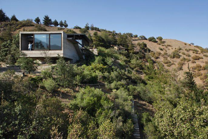 10 Stunning Modernist Homes That Melt Into The Landscape