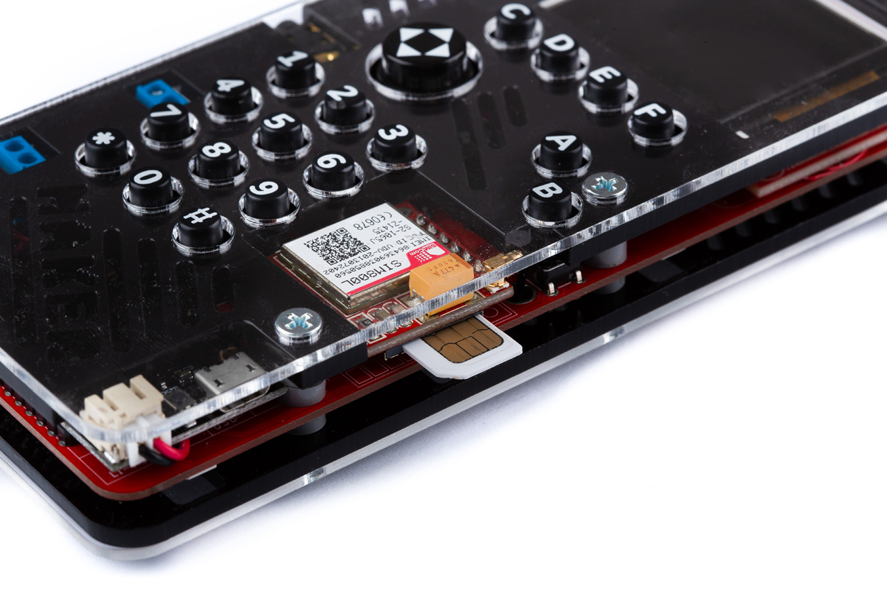 Want a healthier digital life? Try building your own smartphone